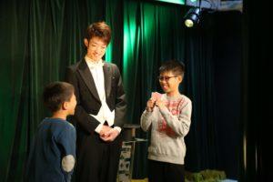 12/21(土)クリスマス企画!「親子で楽しむマジック教室」開催!